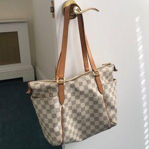 LOUIS VUITTON authentic totally PM Damier azur bag